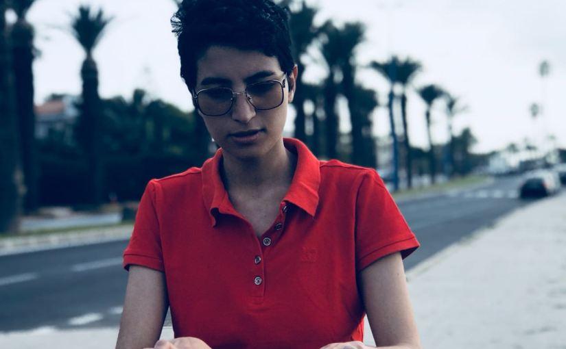 Maroc : Fatine Moubsit, mots et mains levés pour leSlam!