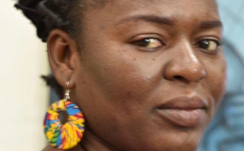 Teska KONONGO : une couture picturale au fil destoiles