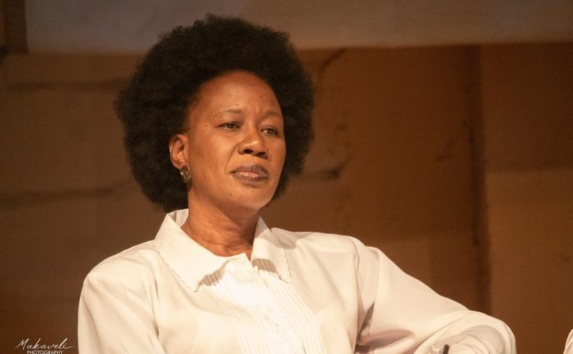 Conflit de générations: «Sous fer» de Fatoumata Keita